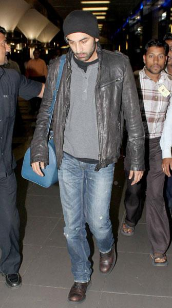 Spotted: Ranbir, Kat, SRK at the airport