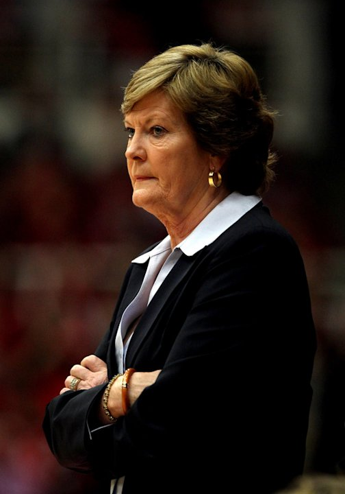 Tennessee Lady Volunteers Head Coach Pat Summitt Stands Getty Images