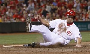 Rolen, Reds win 5th straight, beat Pirates 5-4