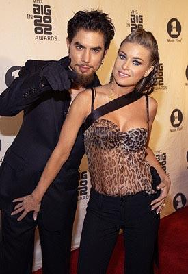Dave Navarro and Carmen Electra VH-1 Big in 2002 Awards - 12/4/2002