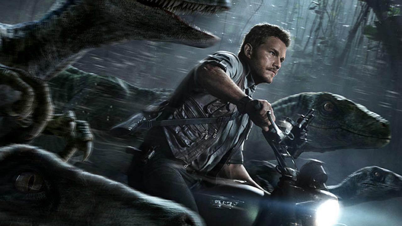Chris Pratt 'Jurassic World' Poster Revealed