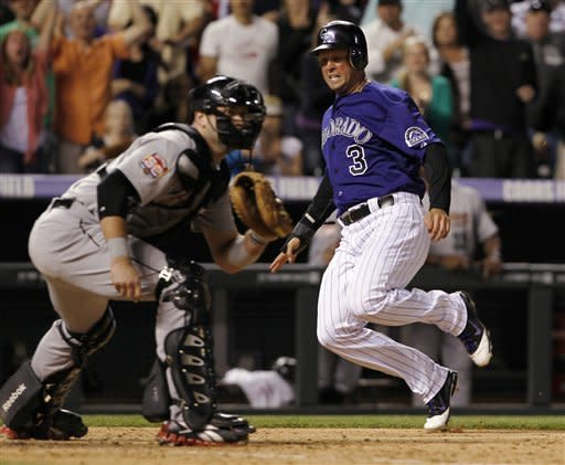 Rockies sweep Astros in doubleheader