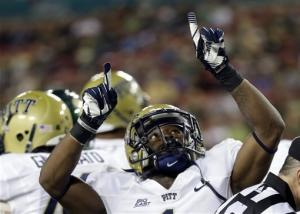 Pitt routs South Florida 27-3 for bowl eligibility