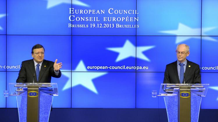 European Commission President Barroso and European Council President Van Rompuy address news conference during a European Union leaders summit in Brussels