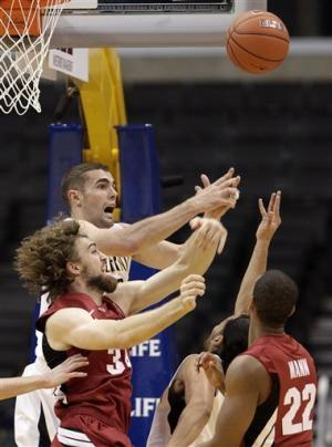 Cal holds off Stanford 77-71 in Pac-12 quarters