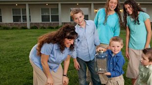 Michelle Duggar and family