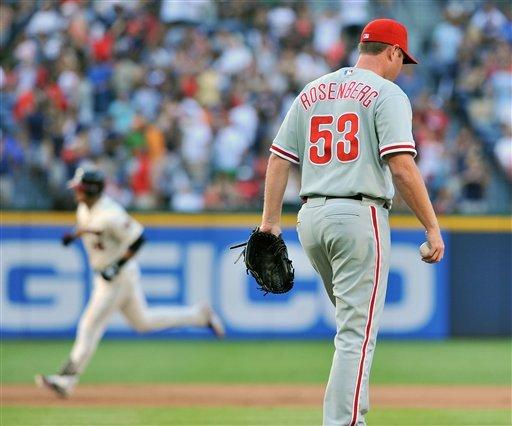 Lee pitches Phillies past slumping Braves 5-1