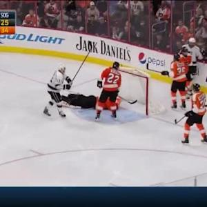 Mike Richards Goal on Ray Emery (05:01/3rd)