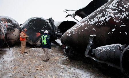 North Dakota launches oil rules hoping to curb U.S. rail disasters