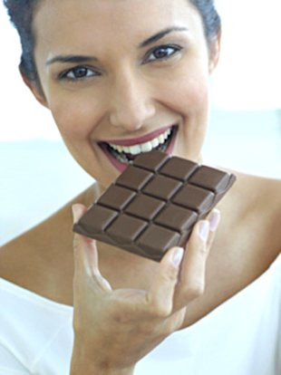 Can nibbling chocolate boost your memory?