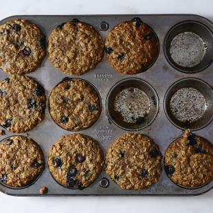 Blueberry Oatmeal Muffins with Flaxseed
