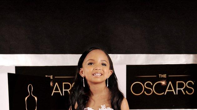 Oscars turned toddler-sized - Zoe Saldana