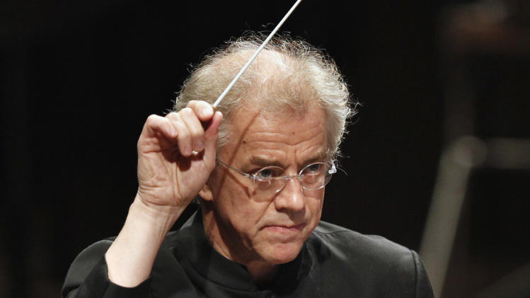 FILE - This undated file photo shows Minnesota Orchestra conductor Osmo Vanska during a performance in Minneapolis. Vanska is returning as music director of the Minnesota Orchestra. The orchestra's board said Thursday, April 24, 2014, that Vanska will lead at least 10 weeks of concerts for each of the next two seasons. Vanska resigned in October during a lockout of the orchestra's musicians that lasted more than a year. The dispute ended in January, when musicians agreed to pay cuts in a new three-year contract. (AP Photo/The Star Tribune, Tom Wallace, File) MANDATORY CREDIT; ST. PAUL PIONEER PRESS OUT; MAGS OUT; TWIN CITIES TV OUT
