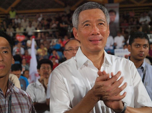PM Lee warns Singapore cannot afford to slow down and lessen its focus on economic growth. (Yahoo! Singapore file photo/ Alvin Ho)
