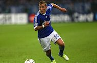 Tottenham 'in talks' to sign Holtby in January, confirms Heldt