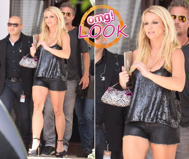 Britney Spears in ultraknappen sexy Shorts