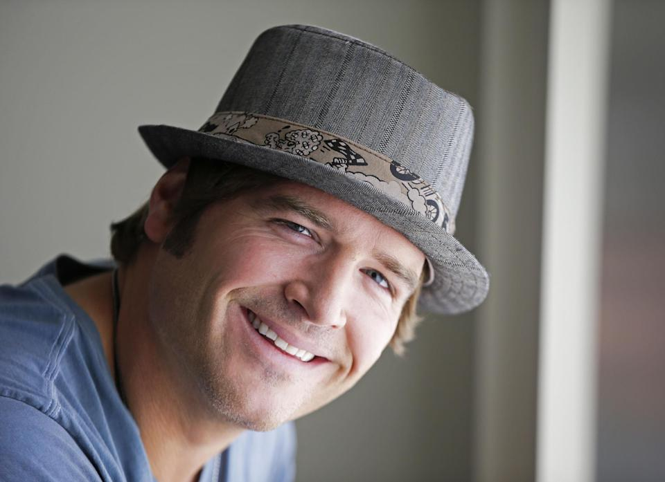 "FILE - This Aug. 13, 2012 file photo shows country music singer Jerrod Niemann in Nashville, Tenn. Niemann's ""Free The Music,"" released on Oct. 2, 2012, is another re-imagining of what the modern country music album can be. (AP Photo/Mark Humphrey, File)"