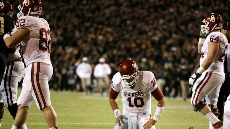 No. 22 Oklahoma keeps Bell at QB after Baylor loss