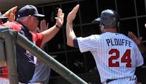 Plouffe, Mauer power Twins over Cubs, 11-3