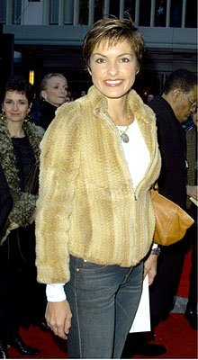 Premiere: Mariska Hargitay at the New York premiere of Warner Brothers' Harry Potter and The Sorcerer's Stone - 11/11/2001