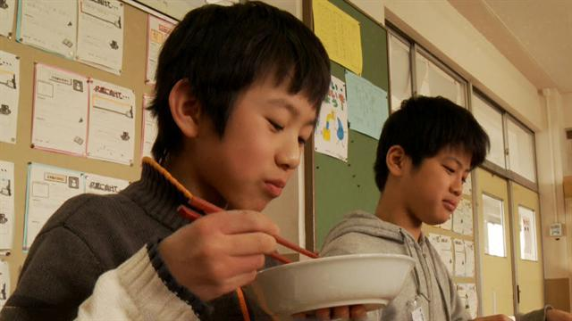 Healthy lunches for Japanese kids