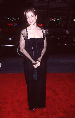 Premiere: Linda Hamilton at the premiere of Paramount's Titanic - 12/14/1997 