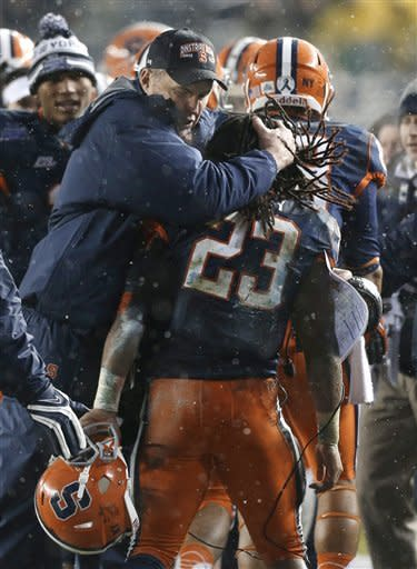 Syracuse plows through WVU and snow, 38-14
