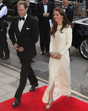 prince william kate middleton wearing roland mouret