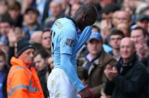Mancini: Balotelli must keep it simple to overcome goal drought