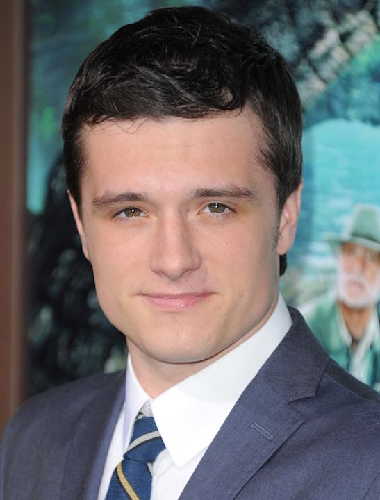 Josh Hutcherson photos: Aww looking clean cut and alarmingly cute, Josh is fast tracking his way to being the hottest man on the planet.