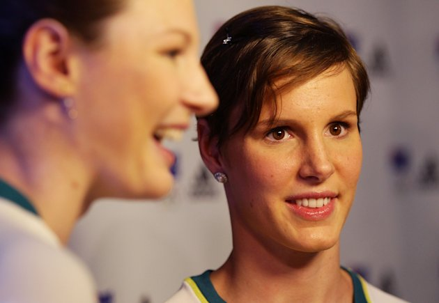 Cate Campbell (L) and Bronte Campbell (R)