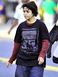 Vanessa Hudgens as a homeless, pregnant teen in