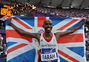 Mohamed Farah holds a union jack as he celebrates winning gold in the Men&amp;#39;s 5000m Final (Getty Images)
