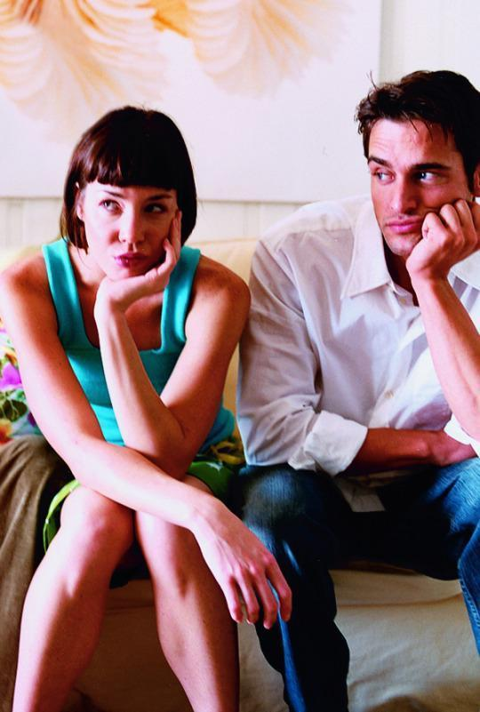 The Number One Relationship Problem, According To Therapists — and How to Fix It