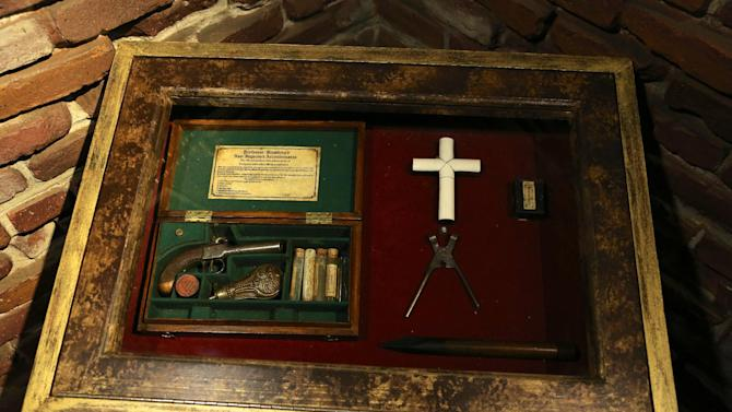 This undated image released by Ripley's Times Square Odditorium shows a vampire killing kit from India at Ripley's Times Square Odditorium in New York. The item is one of many from a featured collection up for sale until Dec. 24. (AP Photo/Ripley's Times Square Odditorium)