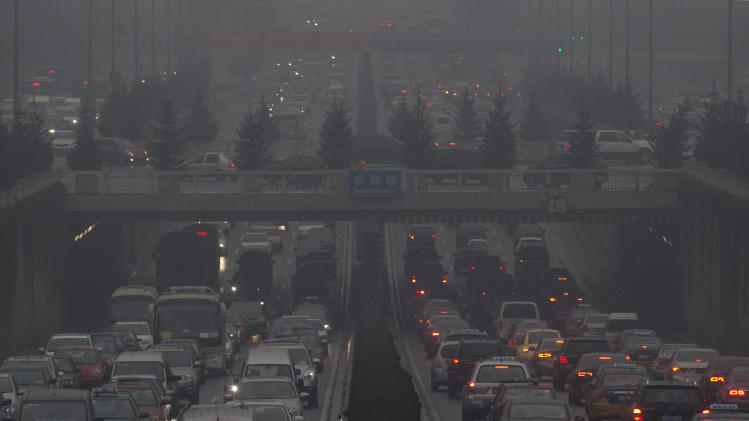 China's love affair with cars chokes air in cities