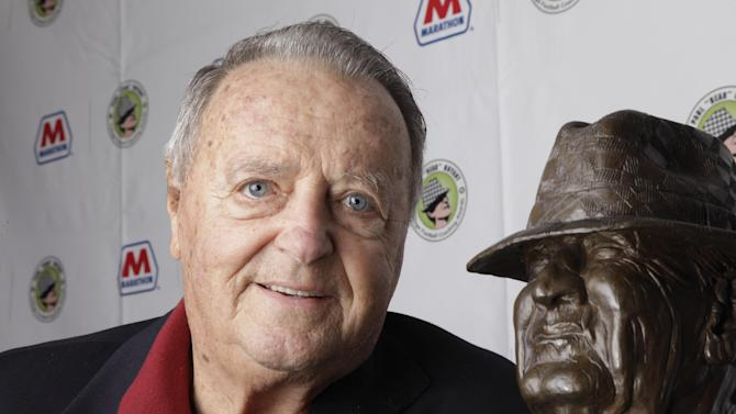 Former Florida State coach Bobby Bowden returns