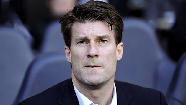 Michael Laudrup's Swansea side will progress to the group stages of the Europa League if they beat Petrolul Ploiesti