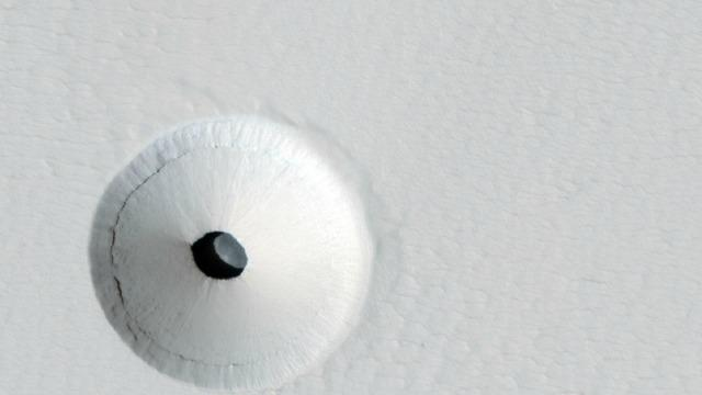 Amazing Photo Shows a Big Hole on Mars