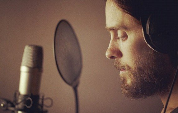 30 Seconds To Mars : Jared Leto enregistre de nouveaux titres et prsente le film-documentaire &quot;Artifact&quot;