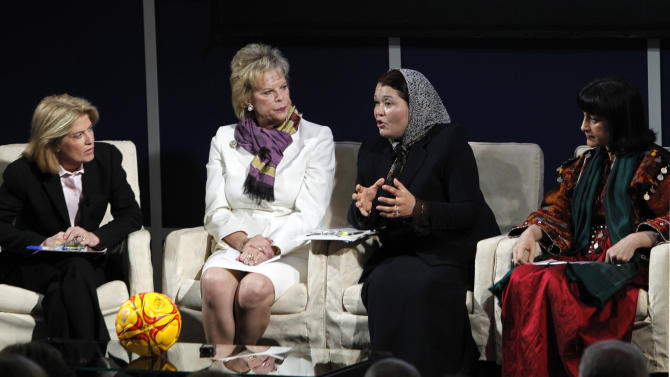 "Rahela Kaveer, second from right, founder and director of Afghan Women Empowerment Organization, speaks in a panel discussion with Mina Sherzoy, right, Greta Van Susteren, left, and Terry Neese during a conference at SMU in Dallas, Thursday, March 31, 2011.  The George W. Bush Institute is hosting a conference titled ""Building Afghanistan's Future: Promoting Women's Freedom and Advancing Their Economic Opportunity."" (AP Photo/LM Otero)"