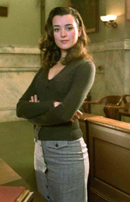 Cote de Pablo Fox's The Jury