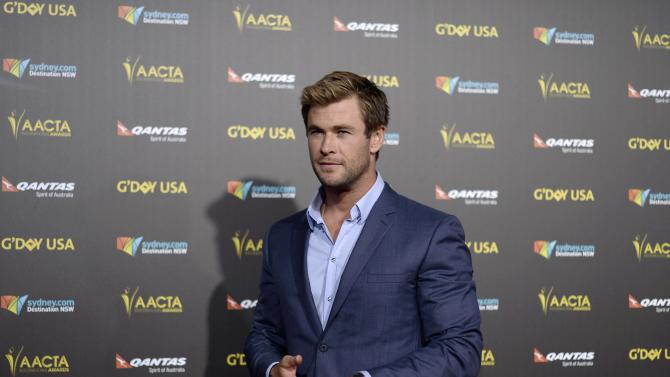 Actor Chris Hemsworth poses at the 2015 G'Day USA Los Angeles Gala honoring Hemsworth with an Excellence in Film Award, at the Hollywood Palladium in Los Angeles, California