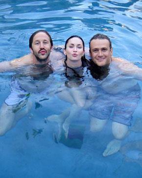 "PIC: Megan Fox Swims With ""Handsome"" Jason Segel"