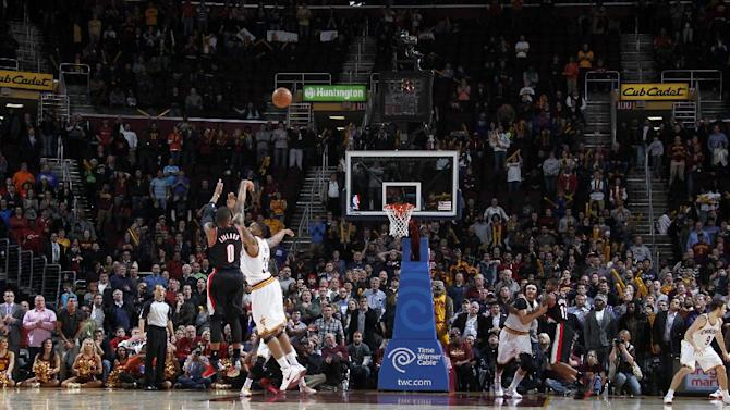 Lillard's 3 lifts Blazers to 119-116 win at Cavs