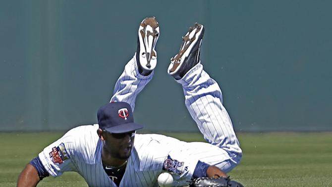 Victorino drives in run, Red Sox beat Twins 4-3