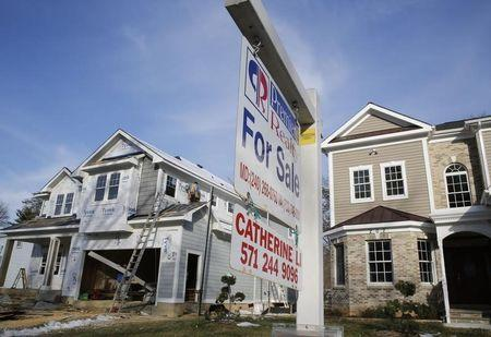 Weak U.S. housing, factory data hint at modest fourth-quarter growth
