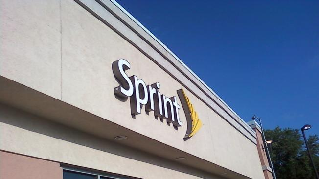 Sprint brings down the hammer with $60 unlimited plan… but there are some catches