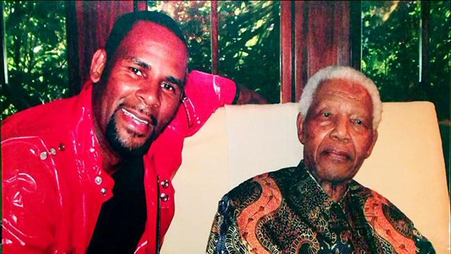Late Night Pays Tribute to Nelson Mandela