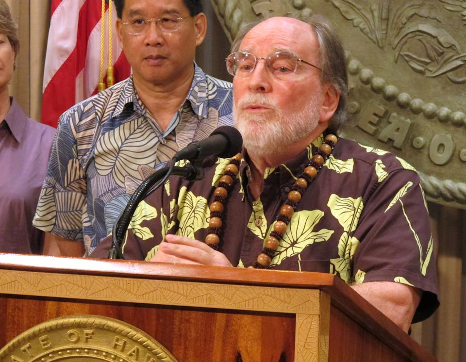 Hawaii gov. calls special session on gay marriage